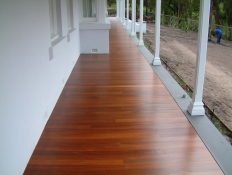2. Jarrah Deck finished with Intergrain DWD Park Orchards